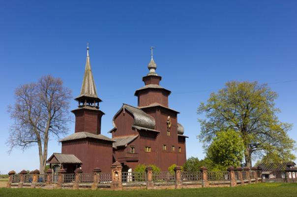 Rostov- Chiesa di San Giovanni  Teologo sul fiume Iscna