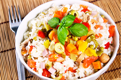 Итальянский рецепт: Салат из риса с вюрстель