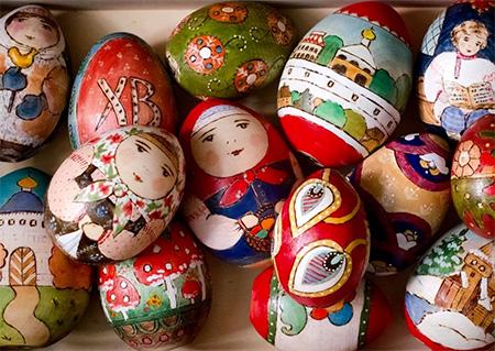 """Artigianato russo: Le """"Uova di legno"""" di Sergiev Posad"""