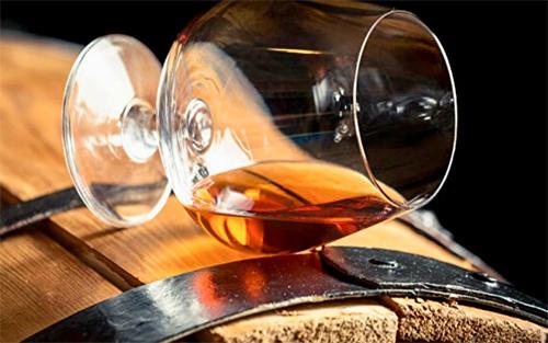 Una storia interessante del Cognac russo